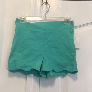 NWT Charlotte Russe Scallop Hem Shorts